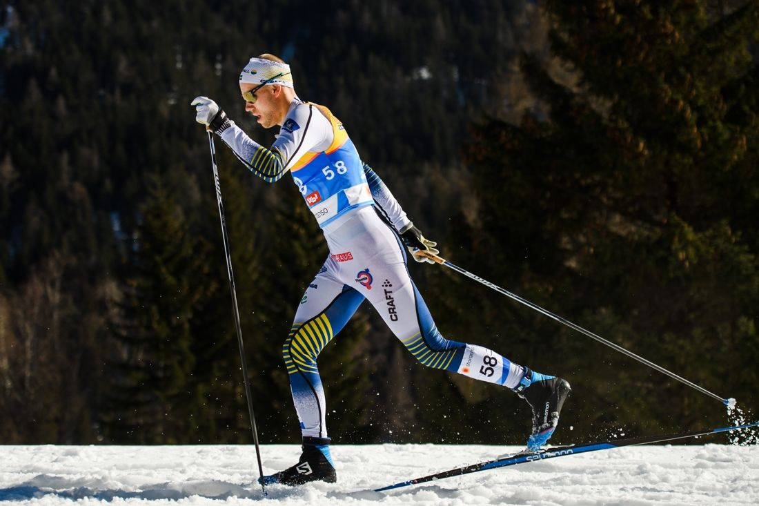 Viktor Thorn åker slutsträckan för Sverige på VM-stafetten i Seefeld. Här är Viktor under 15-kilometersloppet. FOTO: Joel Marklund/Bildbyrån.