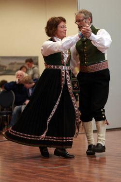 Irene Hestvik og Leon Årdal Bygdedans kl B