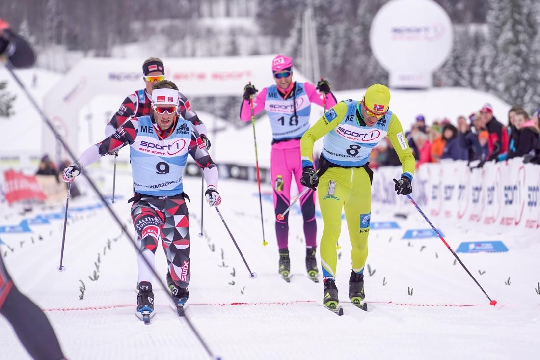 Simen Östensen vann spurten om tredjeplatsen precis före Vasaloppsvinnaren Tore Björseth Berdal. FOTO: Visma Ski Classics/Tom-William Lindström.