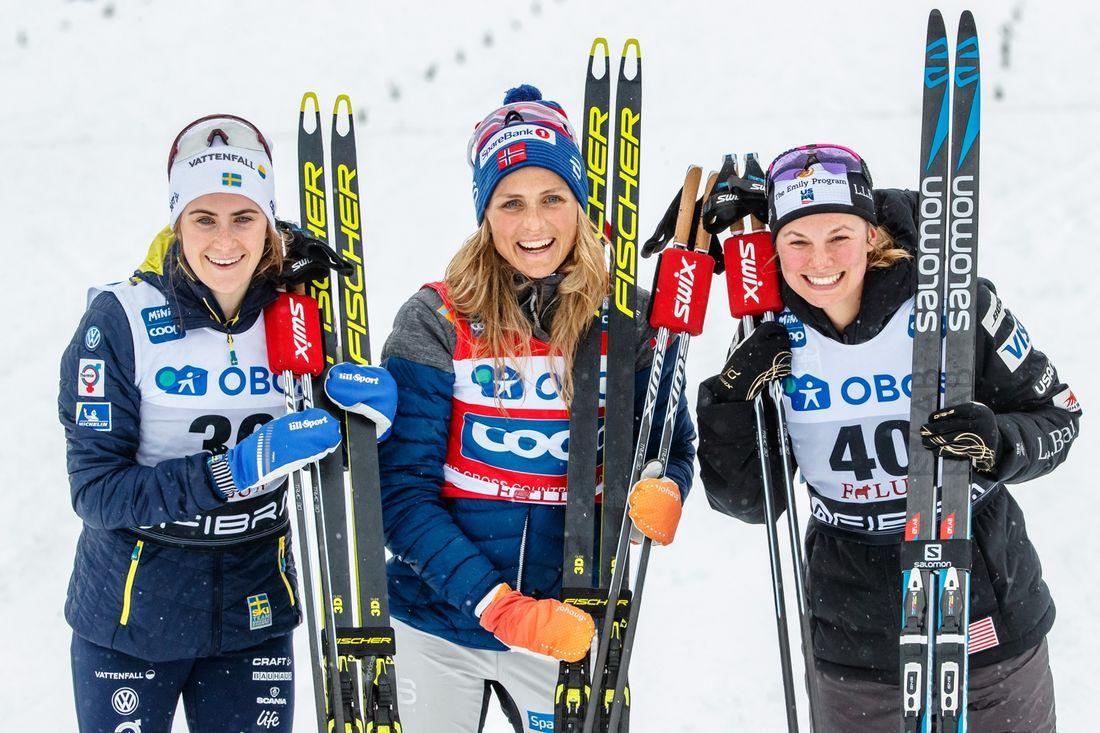 Ebba Andersson blev två på skejtloppet i Falun. Therese Johaug vann som väntat och Jessica Diggins knep tredjeplatsen. FOTO: Daniel Eriksson/Bildbyrån.