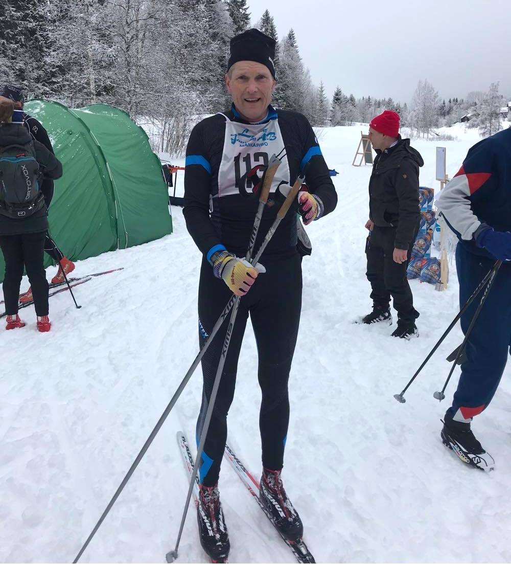Gamle Svenska skidspelen-vinnaren Anders Bergström var på plats. Precis som vid premiären i fjol med bra fart i spåret. FOTO: Skidhistoriska Sällskapet.
