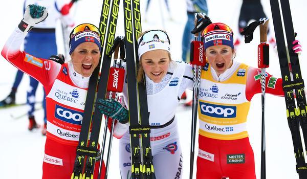 Stina Nilsson vann för tredje dagen i rad vid världscupavslutningen i Kanada. Therese Johaug och Ingvild Flugstad Östberg jagade men kom aldrig ikapp. FOTO: GEPA pictures/CH Kelemen/Bildbyrån.
