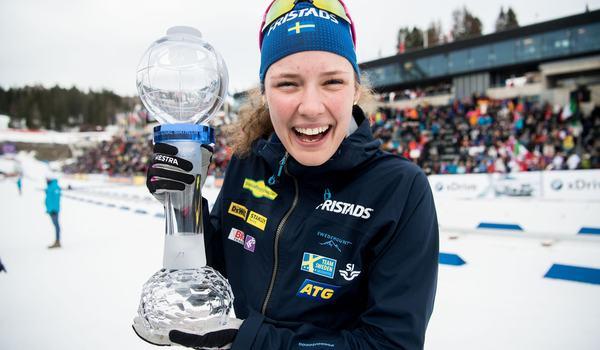 Hanna Öberg vann masstarten under världscupfinalen i Holmenkollen och tog hem hela masstartscupen. FOTO: Jon Olav Nesvold/Bildbyrån.