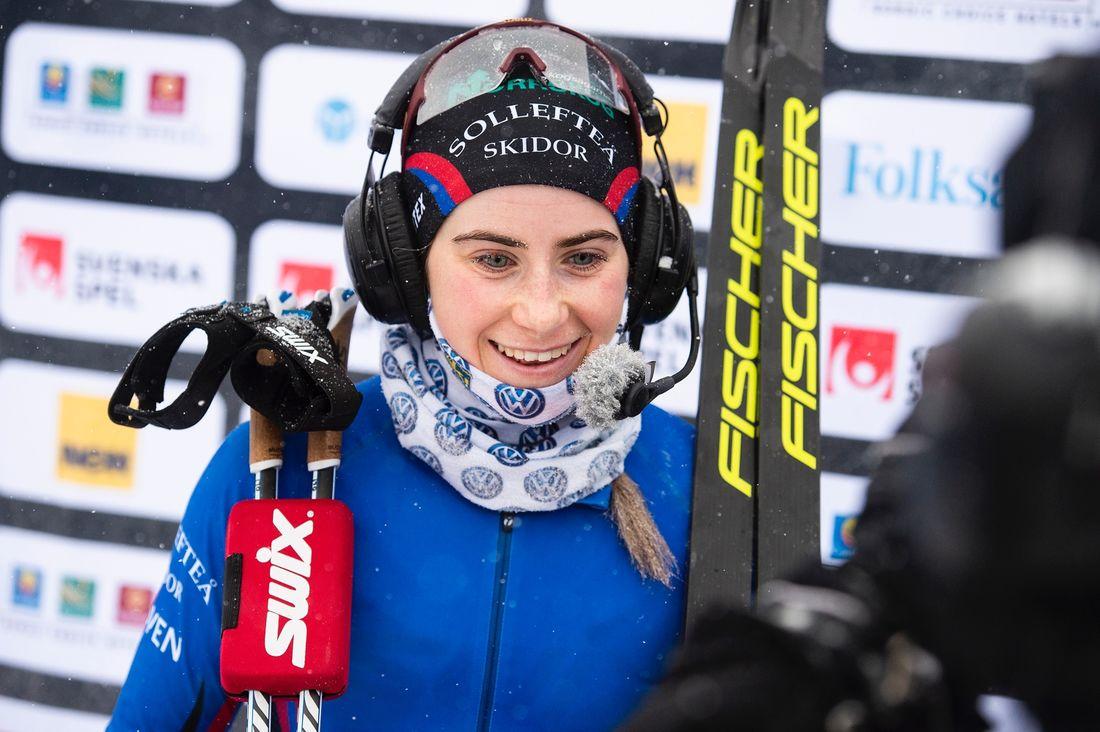 Ebba Andersson tog vinterns tredje SM-guld när hon vann tremilen i Gällivare på lördagsförmiddagen. FOTO: Simon Hastegård/Bildbyrån.
