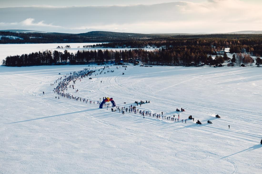 Starten för 2019 års upplaga av Nordenskiöldsloppet. FOTO: Adam Klingeteg/Red Bull Content Pool.