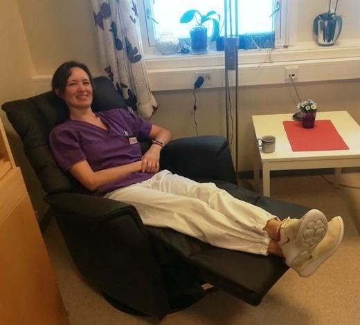 Margrethe Stensland prøver recliner