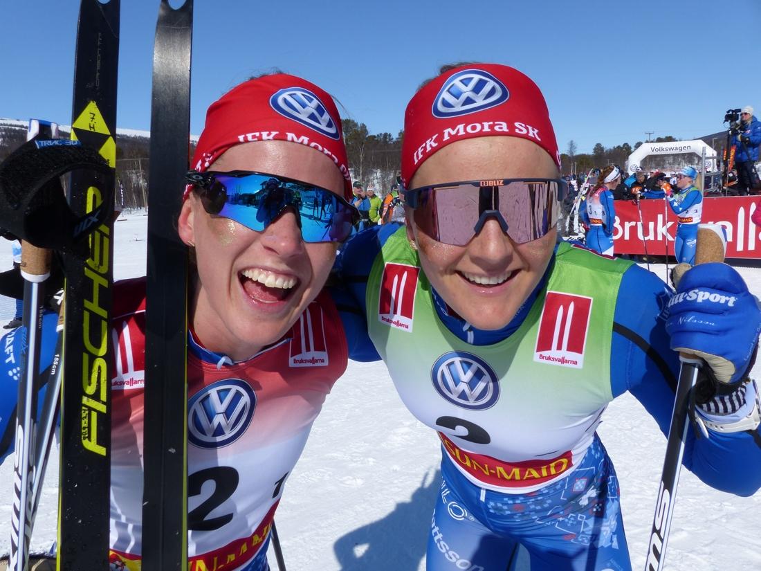 Så här glad blir man när man vinner SM-guld i sprintstafett. FOTO: Johan Trygg/Längd.se.