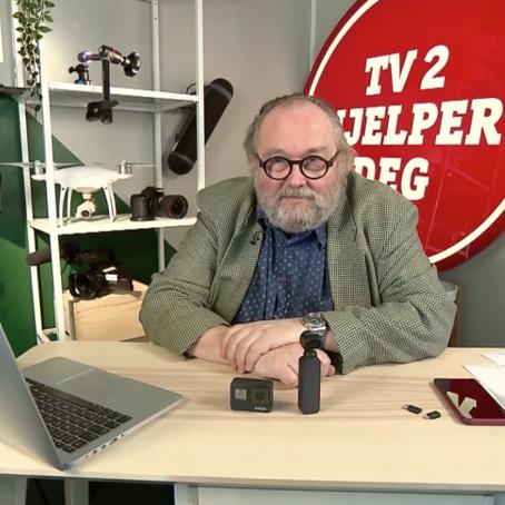 Fotomags redaktør Toralf Sandåker var eksperthjelp da TV2 Hjelper Deg testet håndholdte kameraer denne uken.