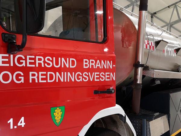 Bil-fra-brann--og-redning