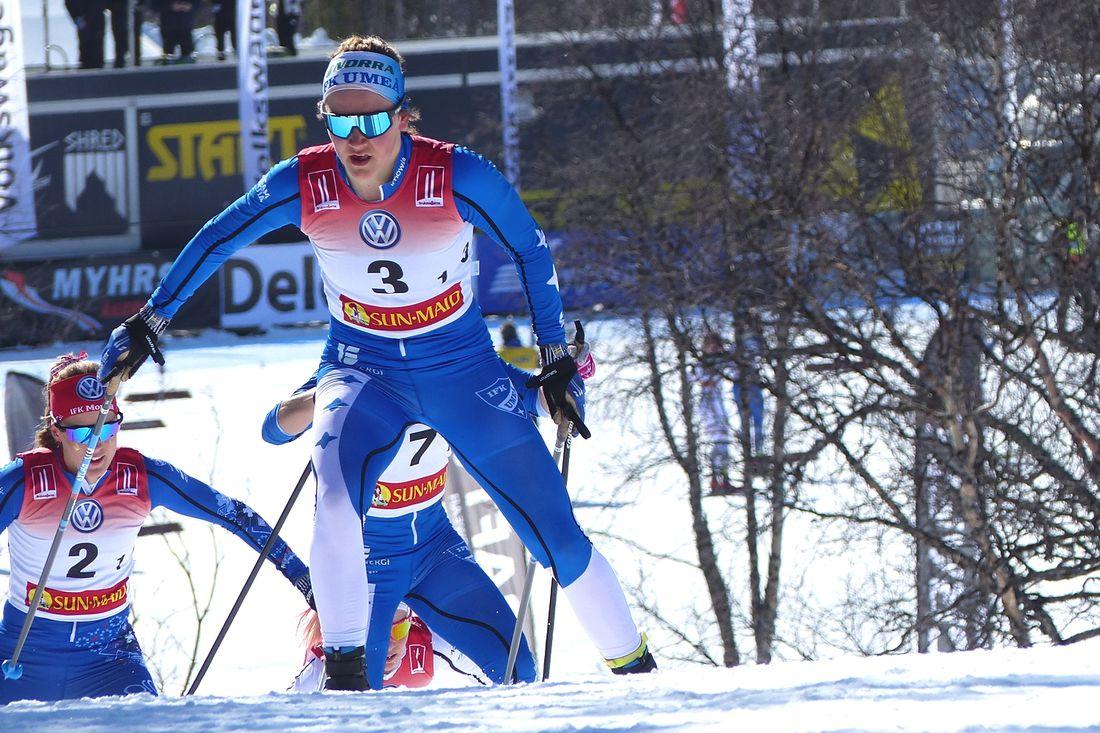 U23-världsmästaren i sprint, Moa Lundgren, är en av många vassa åkare i det svenska utvecklingslandslaget inför nästa vinter. FOTO: Johan Trygg/Längd.se.
