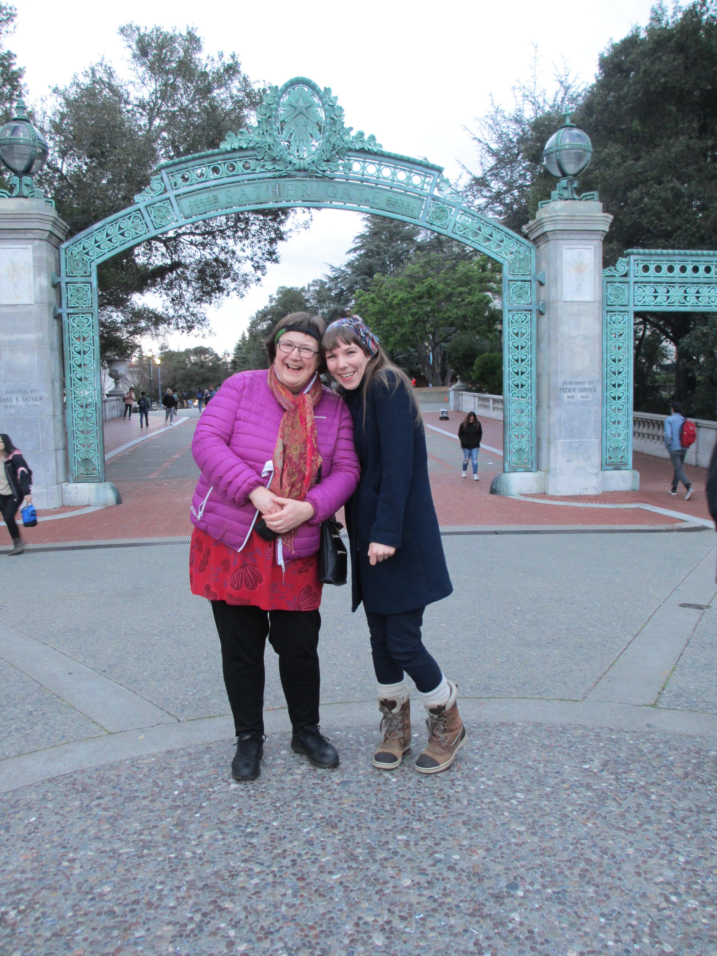 Laila og Maja i California.JPG