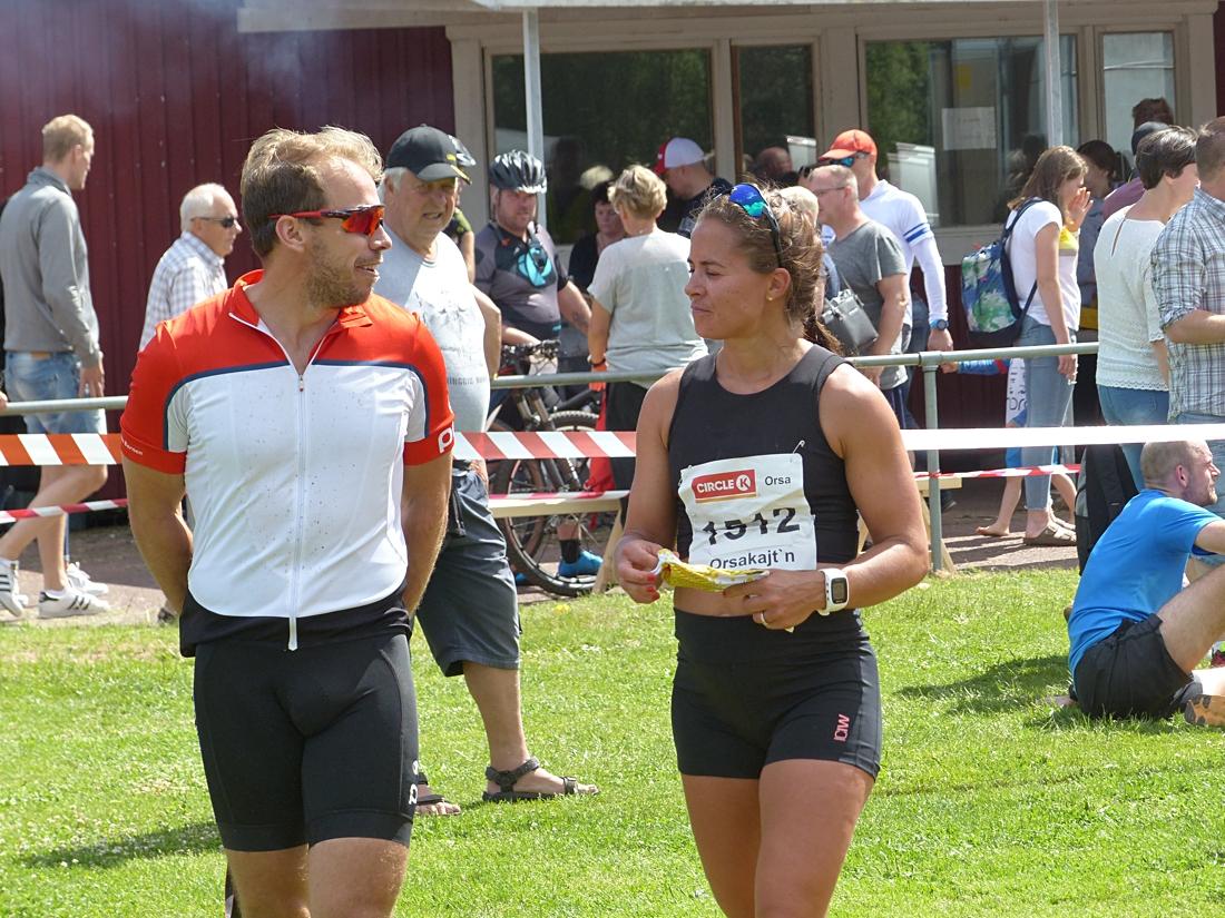 Emil och Anna Jönsson Haag var som vanligt på plats i Orsa på midsommarafton. FOTO: Johan Trygg/Längd.se.