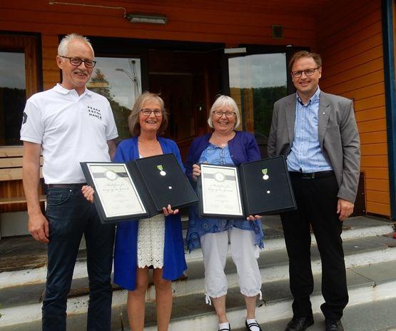 Medalje til Karin Hilde og Ann Katrin