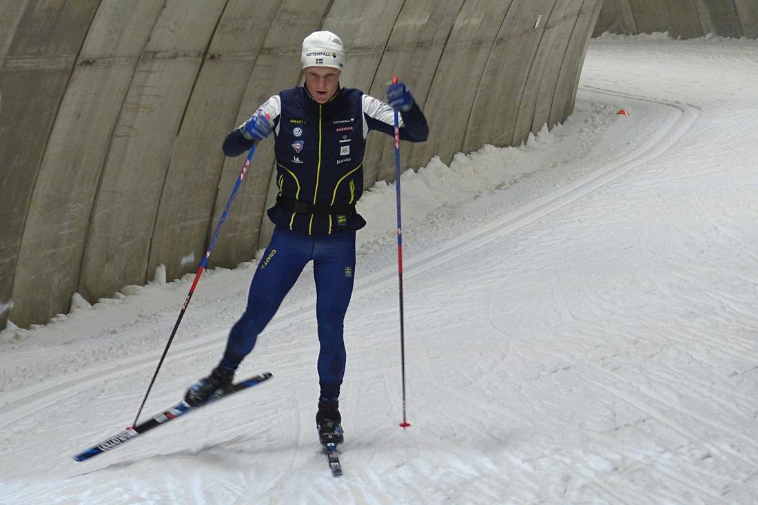 Jens är tillbaka på skidor och nästan i full träning efter ryggoperationen. FOTO: Johan Trygg/Längd.se.
