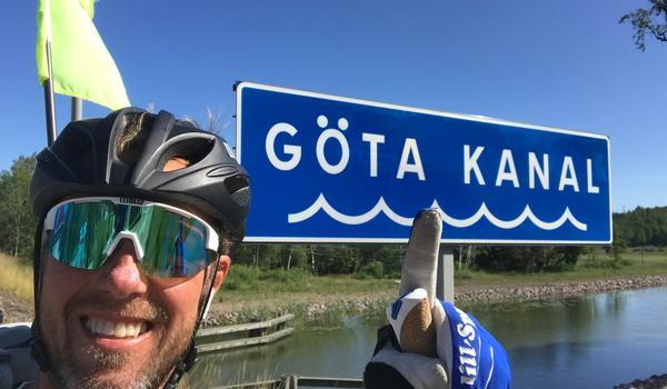 I morgon planerar Fredrik Erixon åka sista etappen på sin resa på rullskidor mellan Karesuando och Smygehuk. Tidigare i veckan passerade han Göta kanal.