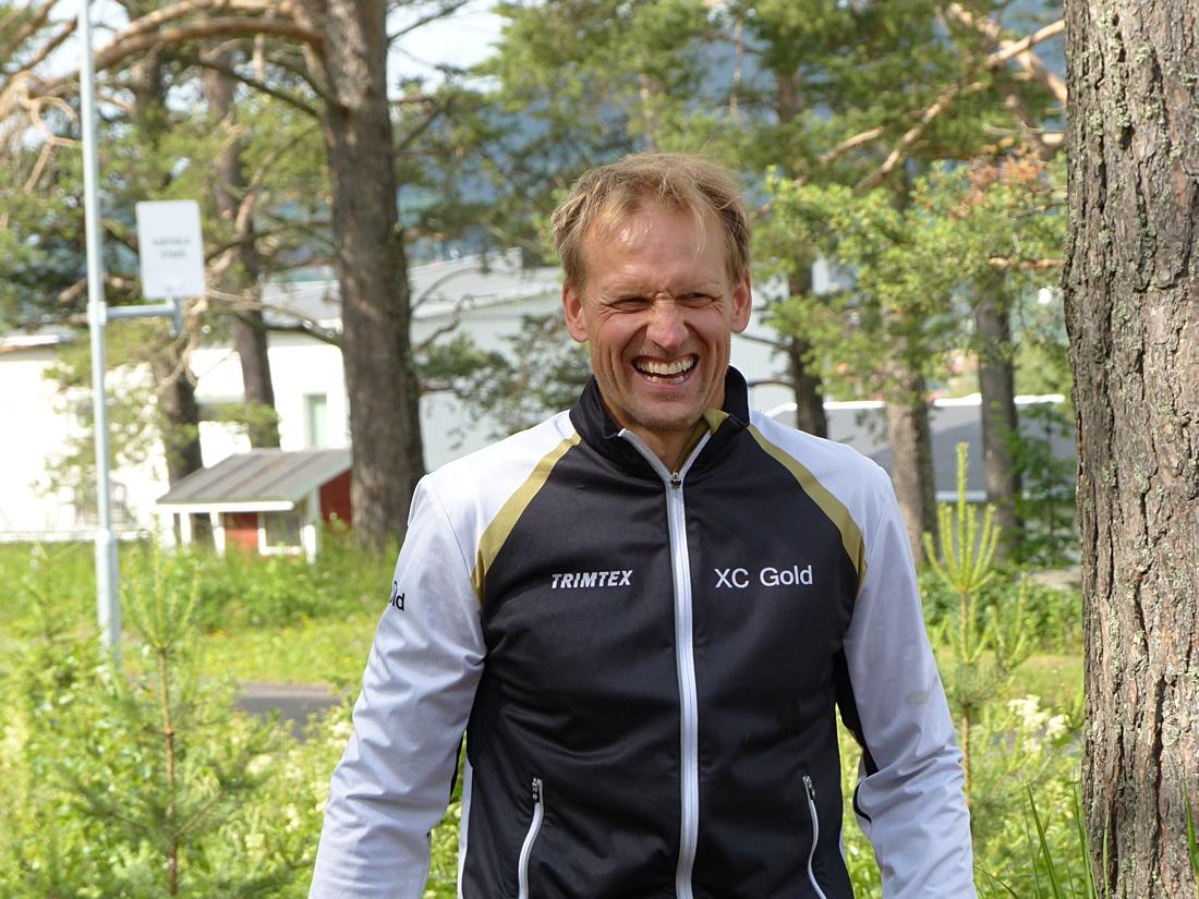 När Jerry Ahrlin är inblandad är det alltid nära till skratt. FOTO: Johan Trygg/Längd.se.
