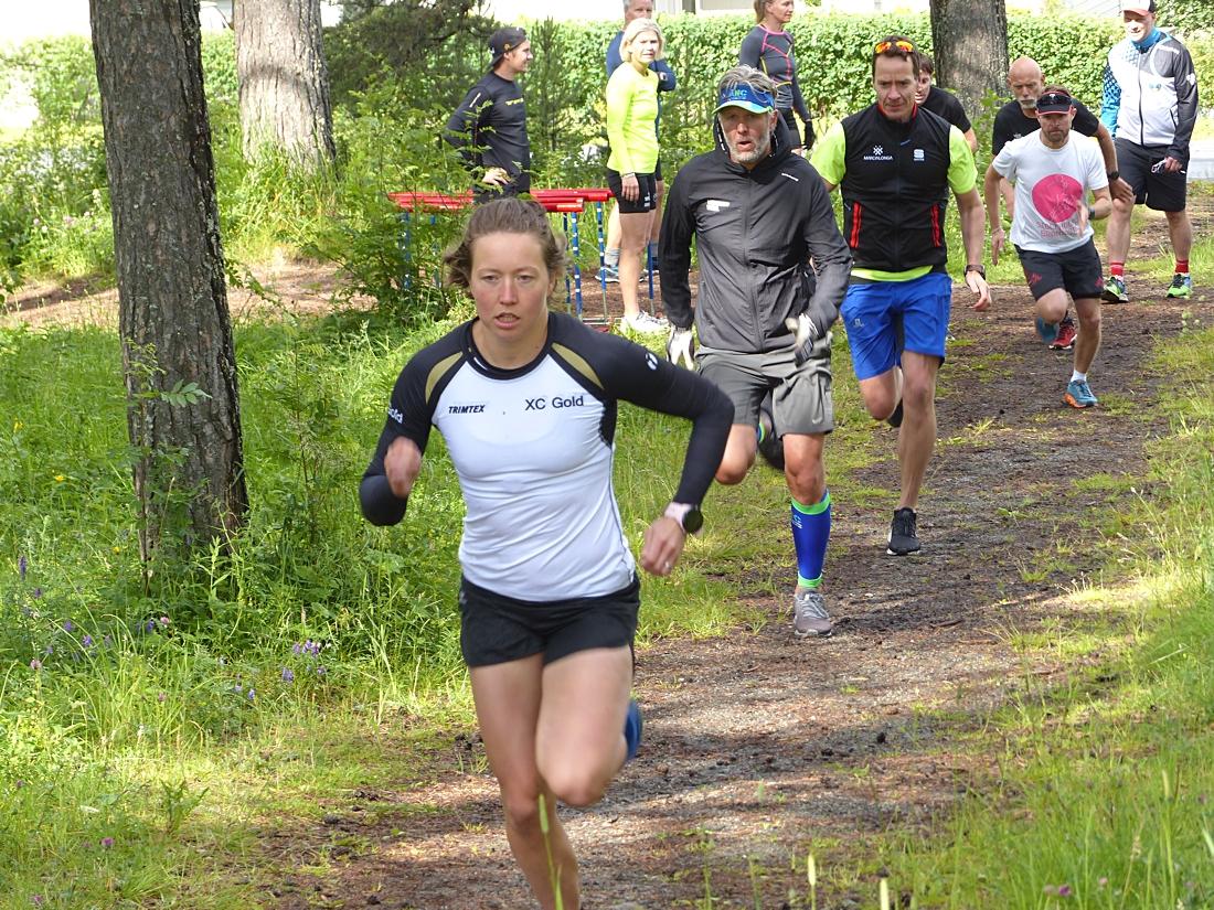 Det var inspirerande för deltagarna att jaga Laila Kveli. FOTO: Johan Trygg/Längd.se.