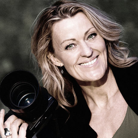 Fra 8. august kan du se Nina Rangøys utstilling 'Being British' på Fotografiens hus i Oslo.