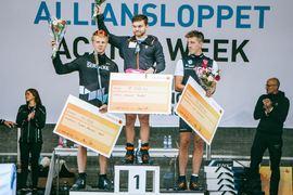 Calle Halfvarsson var trea på Alliansloppet i fjol. Nu förstärker han Team Serneke i årets lopp och blir teamkompis med tvåan i fjol Anders Malmen Höst. Vann då gjorde Håvard Taugböl. FOTO: Team Serneke.