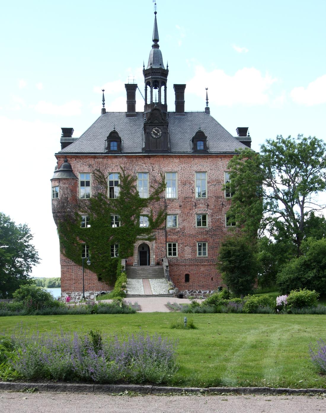 Wiks slott är platsen för start och mål för UVK-rullen 2019. FOTO: UVK-rullen.