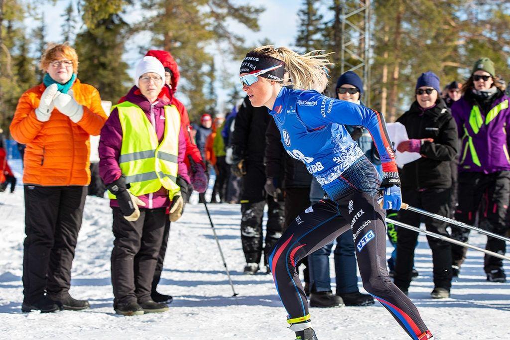 Frida Karlsson är glödhet inför säsongspremiären i Gällivare efter genombrottet på VM i fjol. FOTO: Michael Renström.