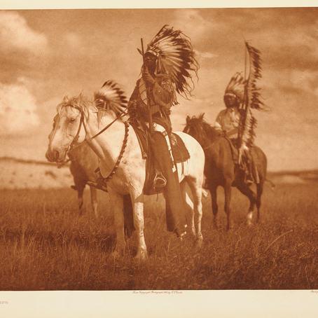 Edward Sheriff Curtis, Sioux Chiefs, 1904. Tilhører Preus museums samling
