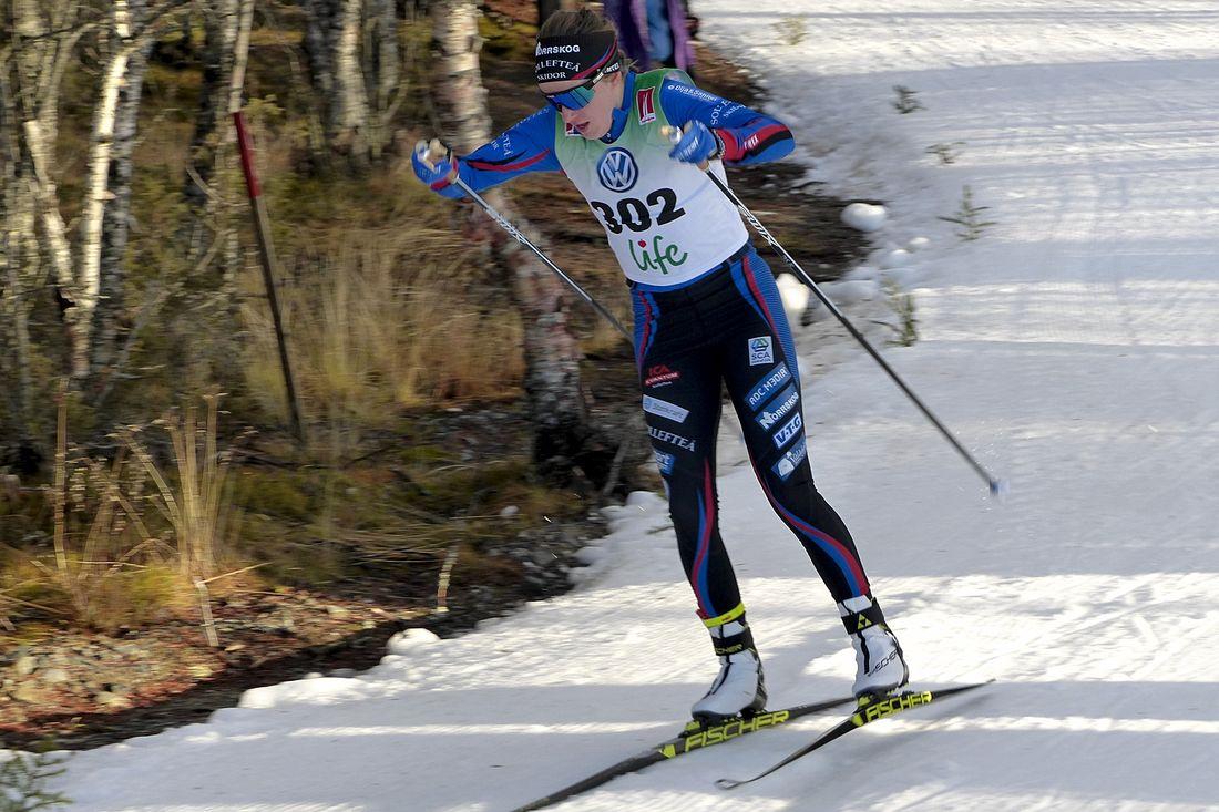 Ebba Andersson vid säsongspremiären i Bruksvallarna i fjol. I år drar säsongen igång i Gällivare sista helgen i november. FOTO: Johan Trygg/Längd.se.