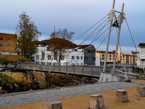 Bro over til Granholmen