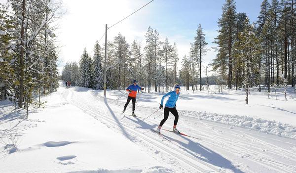 Fredag 25 oktober öppnar Orsa Grönklitt för minst 1,5 kilometer längdåkning. Hela helgen 25-27 oktober är det tema längdåkning i Grönklitt. FOTO: Orsa Grönklitt.