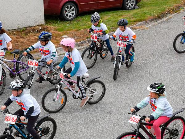 unge syklister