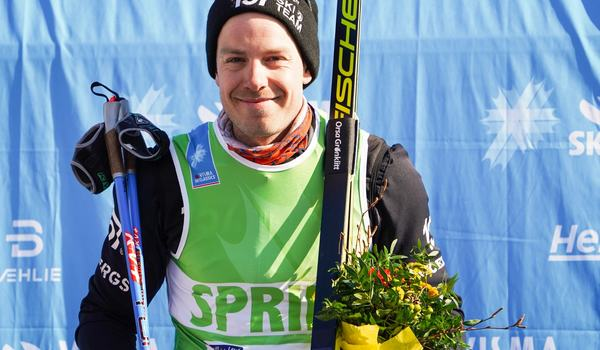 Anton Karlsson jobbar hårt i gymmet för att komma tillbaka till tävlingsspåret efter att ha drabbats av diskbråck. FOTO: Visma Ski Classics.