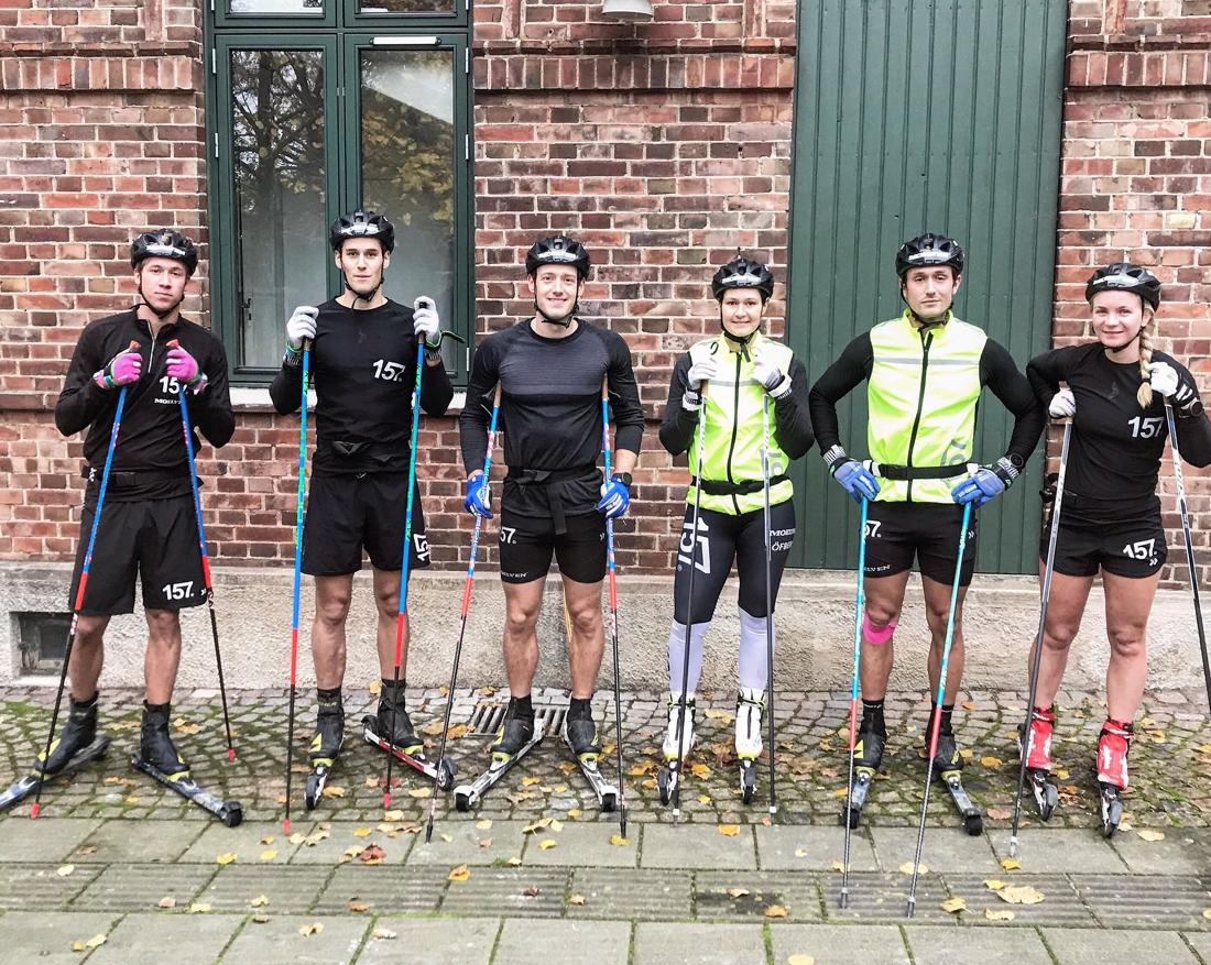 Emil Persson, Andreas Holmberg, Öyvind Moen Fjeld, Britta Johansson Norgren, Marcus Johansson och Elin Mohlin har tränat i Båstad med omgivningar gånga vecka. FOTO: Lager 157 Ski Team.