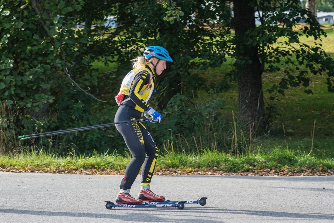 Elin Mcallan på väg mot en överlägsen seger. FOTO: Andreas Karlsson.