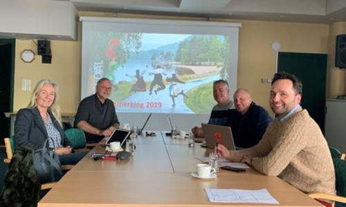 Fra høyre: Marcin Matysik, Tim Davis, Roy Bakke, Ørnulf Hasla og Rita Hansen. Uwe Arntzen var ikke tilstede da bildet ble tatt.