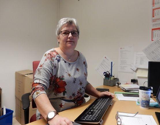 Katrin Elvebakk er leder i arbeidsmiljøutvalget (AMU)