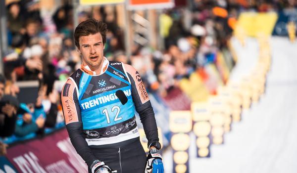 Oskar Kardin var snabbast på Långloppspremiären i Grönklitt och vann tio sekunder före Öyvind Moen Fjeld och Max Novak. Bilden dock från Marcialonga förra vintern. FOTO: Visma Ski Classics.