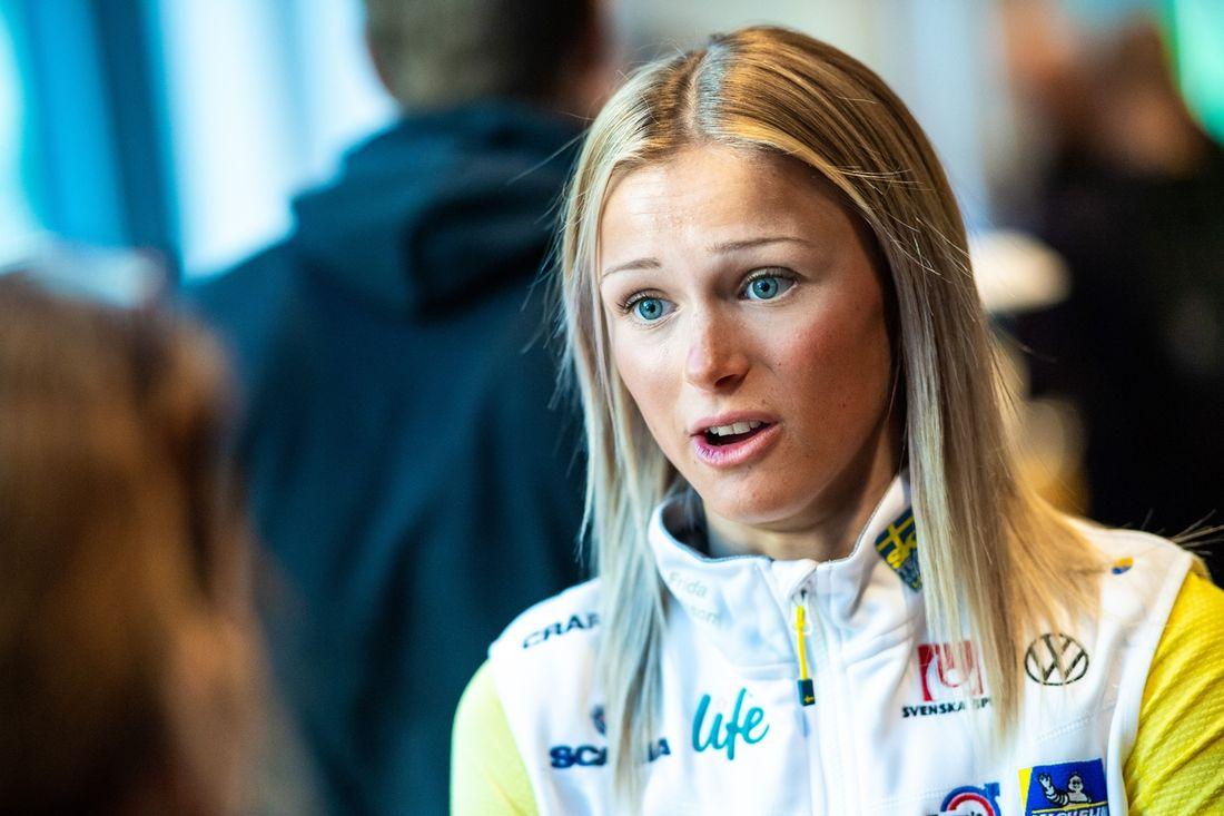 Frida Karlsson ser fram emot sin första säsong som senior i världscupcirkusen. FOTO: Bildbyrån/Simon Hastegård.