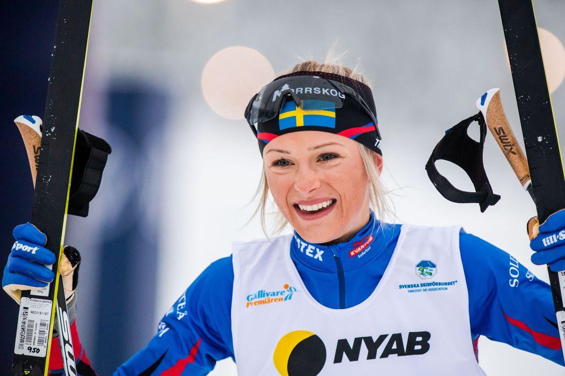 Frida Karlsson var helt omutlig på 10 kilometer klassisk stil i Gällivare. FOTO: Bildbyrån/Mathias Bergeld.