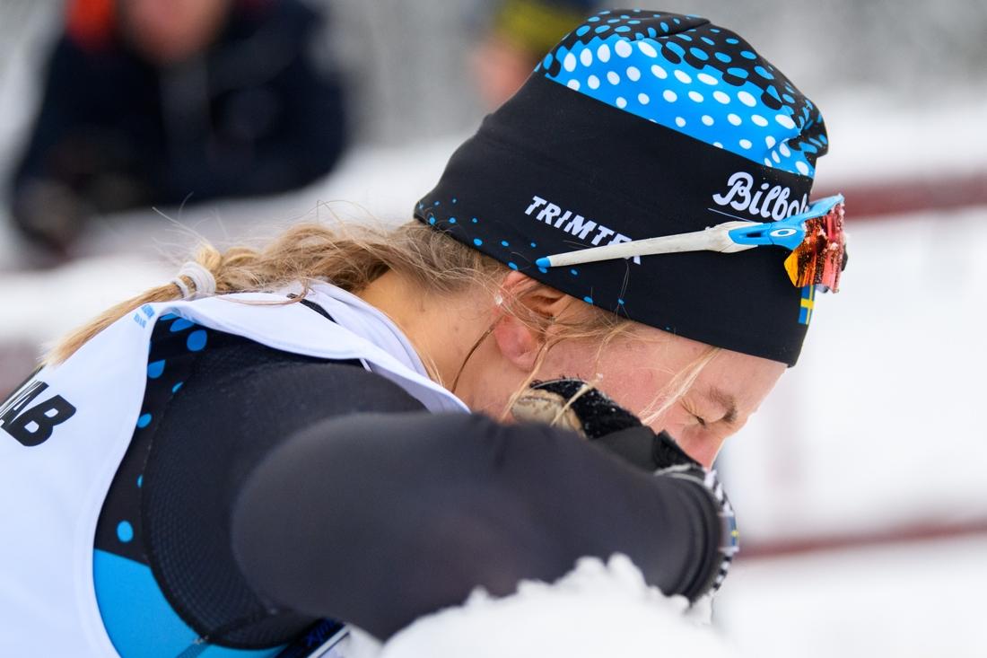 En arg Linn Svahn efter målgång i finalen. FOTO: Bildbyrån/Mathias Bergeld.