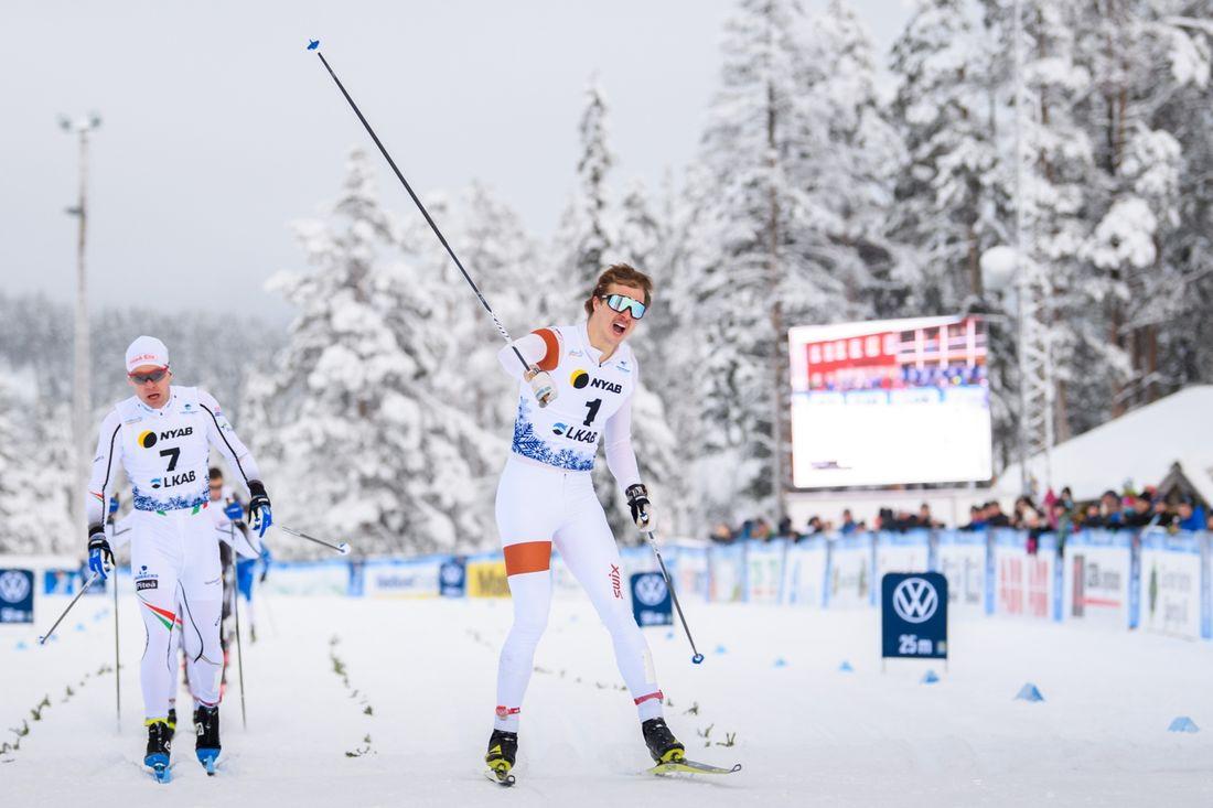 Olle Jonsson var starkast på sprinten i Gällivare och vann närmast före Martin Bergström och Johan Häggström. FOTO: Bildbyrån/Mathias Bergeld.