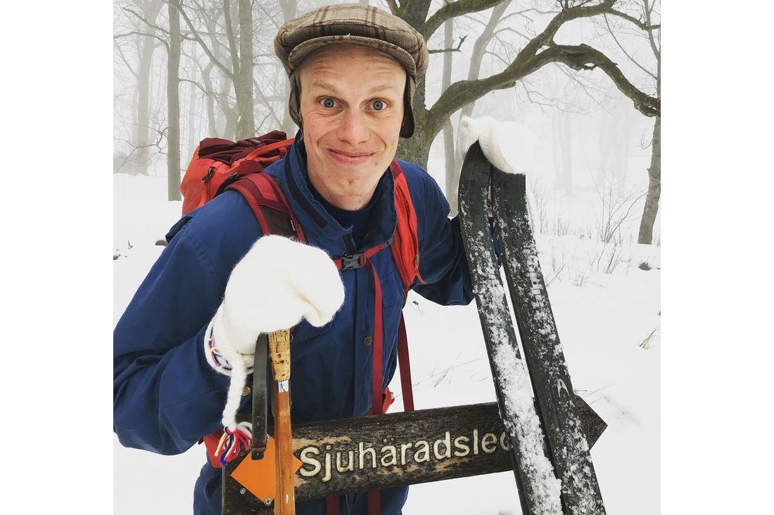 Skidprofilen Erik Wickström lanserar ett nytt skidlopp i vinter - Sjuhärad ospårat - tillsammans med Niklas Bergh från podcasten Lagom Kondition.