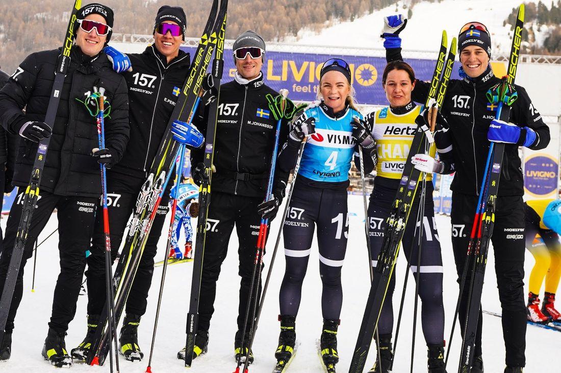 Lager 157 Ski Team vann Visma Ski Classics prolog i Livigno: Fr.v: Öyvind Moen Fjeld, Emil Persson, Marcus Johansson, Elin Mohlin. Britta Johansson Norgren och Andreas Holmberg. FOTO: Visma Ski Classics/Magnus Östh.