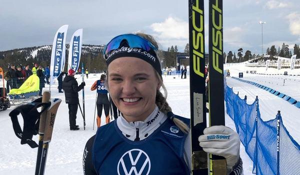 Linn Svahn visade med eftertryck att hon kan mer än att åka fort på sprint med dagens seger på Idre Fjäll. FOTO: Lasse Jonsson.