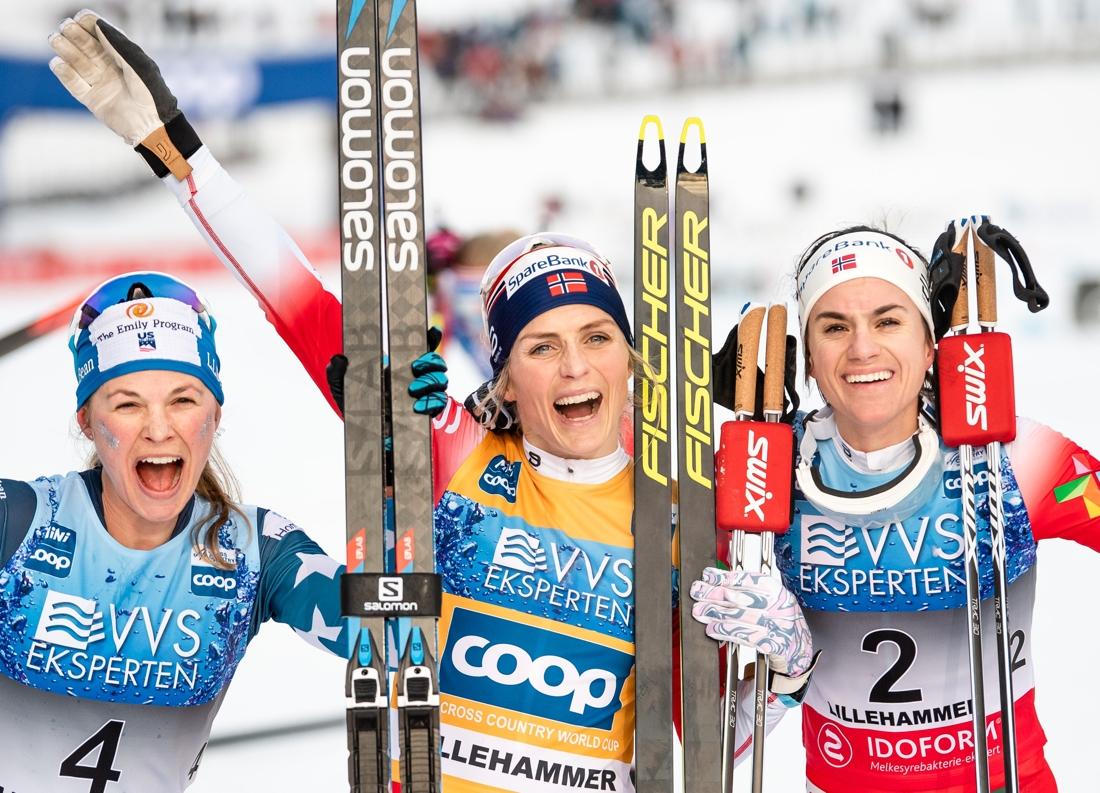 Topptrion: Diggins, Johaug och Weng. FOTO: Bildbyrån/Mathias Bergeld.