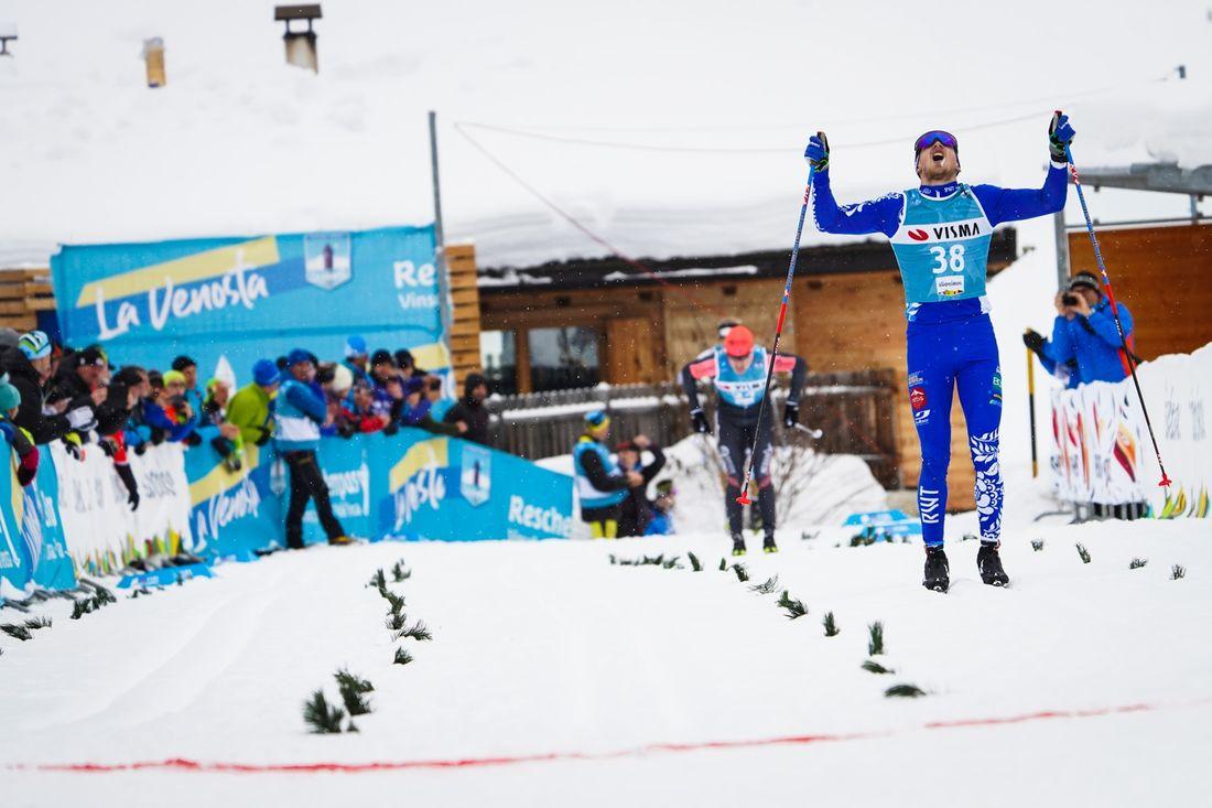 Ermil Vokuev tog segern i La Venosta närmast före Petter Eliassen. FOTO: Visma Ski Classics/Magnus Östh.