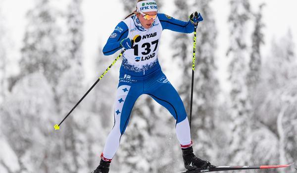 Linn Sömskar åkte in som tvåa på 10 kilometer skejt vid Skandinaviska cupen i Finland. FOTO: Bildbyrån/Mathias Bergeld.
