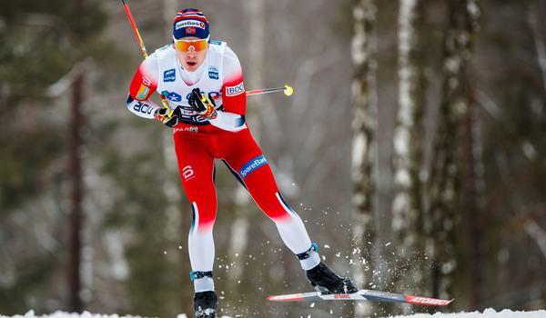 Simen Hegstad Krüger vann 15 kilometer skejt i Davos på ett övertygande sätt. FOTO: Bildbyrån/Daniel Eriksson.