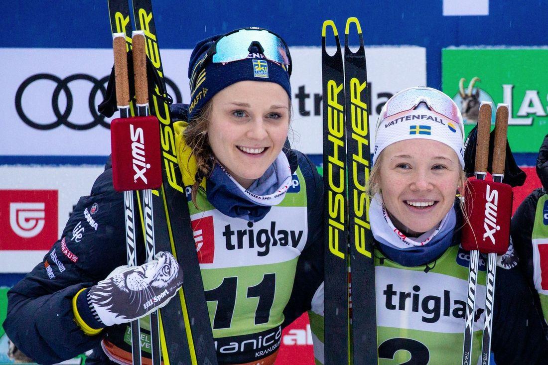 Stina Nilsson och Jonna Sundling åker i Sveriges förstalag på sprintstafetten i morgon. FOTO: Bildbyrån - GEPA PICTURES/Matic Klansek.