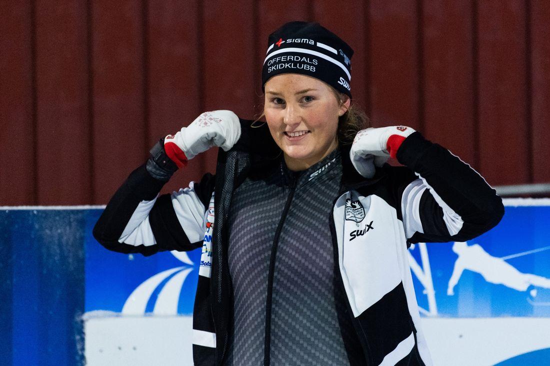 Tilde Bångman utmanade seniorerna i Skandinaviska cupen och tog en stark tredjeplats på fredagens sprint i norska Nes. FOTO: Bildbyrån/Daniel Bergeld.