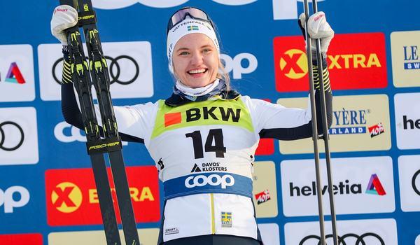 Linn Svahn ligger tvåa i den totala sprintvärldscupen och på söndag är det dags för en sprinttävling i Oberstdorf, Tyskland. FOTO: Bildbyrån - GEPA PICTURES/Patrick Steiner.